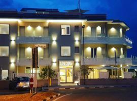 Hotel Baby, hotel v Rimini