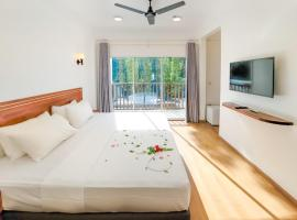DHONKAMANA STAY, hotel in Thoddoo
