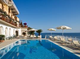 Hotel Belair, hótel í Sorrento