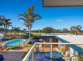 Surfside Merimbula Holiday Apartments, hotel near Merimbula Main Beach, Merimbula