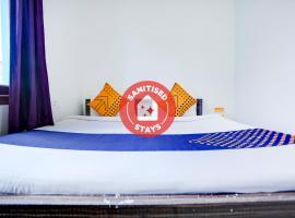 Vaccinated Staff- SPOT ON 75373 Hotel Gaur Krishna Seva Dham, hotel in Mathura