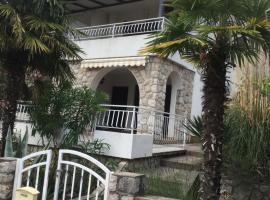 Apartment Jasna B, hotel near Rijeka Airport - RJK,