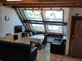 Cosy Holiday House, pet-friendly hotel in Nieuwpoort