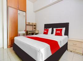 SPOT ON 90434 The Habitat Residence, hotel near Jakarta Soekarno Hatta Airport - CGK, Tangerang