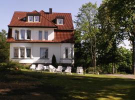 Hotel Pension Villa Holstein, hotel near Messe Bad Salzuflen, Bad Salzuflen