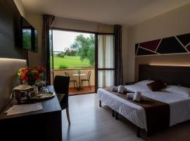 Hotel Carignano, hotel in Lucca