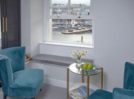 Golden Vanity, Maritime Suites, Brixham, hotel near Greenway, Brixham