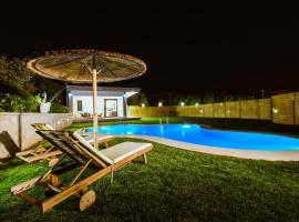 Chania Oasis, villa in Chania Town