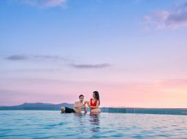 Best Western Premier Bayphere Pattaya, отель в городе На Джомтьен