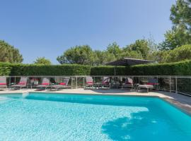 Quality Suites Bordeaux Aéroport & Spa, hôtel à Mérignac