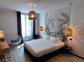 Helussi Hôtel, hotel perto de Basílica de Sacré-Coeur, Paris