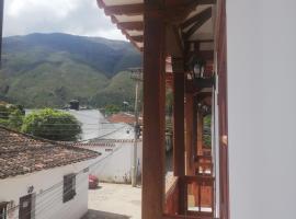 Hospedaje Villa Mandalas Voomstel, hotel in Villa de Leyva