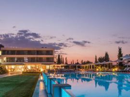 Buca Beachclub Resort, отель в городе Мессини
