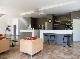 Hotel Cormoran, hotel in Riccione