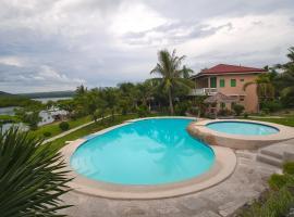 OYO 674 Sea Forest Beach Resort, hotel in Moalboal