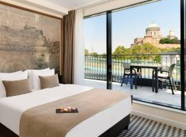Grand Hotel Esztergom, hotel v Ostřihomi