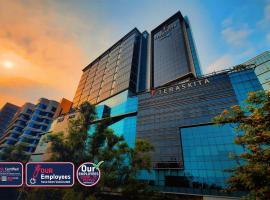 Teraskita Hotel Jakarta managed by Dafam, hotel near Pusat Grosir Cililitan, Jakarta