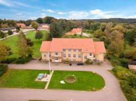 Himmelbjerggården - Gammelgård, hotel i Ry