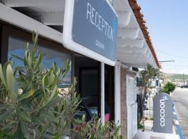 Cocoon Hotel, hotel in Sarti