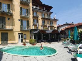 Hotel Azalea, hotell i Baveno