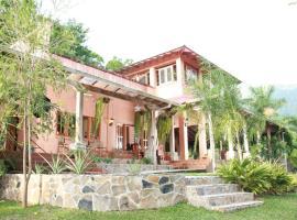 La Villa de Soledad, hotel in La Ceiba