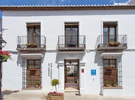 La Morada Mas Hermosa, hotel dicht bij: Cabopino Golf, Marbella