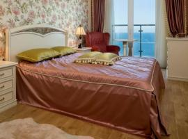 LuxappsTatiyana у моря, hotel with jacuzzis in Sochi