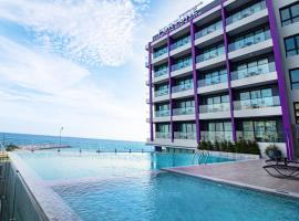 Fortune Saeng Chan Beach Hotel Rayong, hotel in Rayong