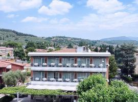 Hotel Benaco Garda ***S, hotel in Garda