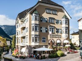 Classic Hotel Am Stetteneck, hotel in Ortisei