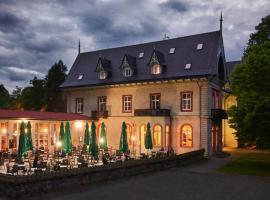 Hotel Mezní Louka – hotel w mieście Hřensko