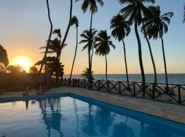 Cumbuco Eco Paradise apto com varanda, hotel with pools in Cumbuco