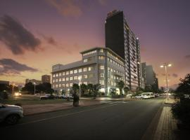 Parade Hotel, hótel í Durban