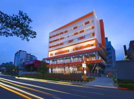 Starlet Hotel BSD City, hotel in Tangerang
