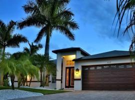 Villa Florida Vacation, Ferienunterkunft in Cape Coral
