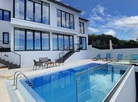 The Monte White House by MHM, hotel in Funchal