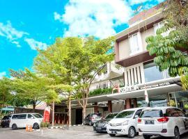 Andelir Hotel Simpang Lima Semarang, hotel with pools in Semarang