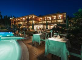 Villa Madrina Lovely and Dynamic Hotel, hotel in Garda