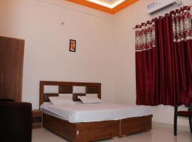 Hotel KCR, hotel in Agra