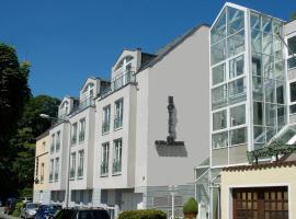 Hotel Am Schlosspark, hotel in Wiesbaden