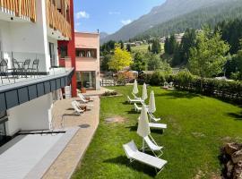 Hotel Miravalle, hotel a Soraga