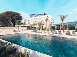 Ilot du Golf BW Premier Collection, hotel near Riviera Barbossi Golf Course, Mandelieu-la-Napoule