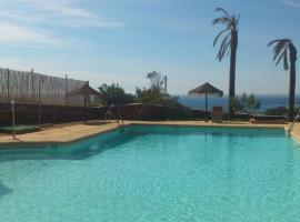 Cortijo El Paraíso, hotel en Los Escullos
