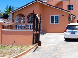 Bev's Rosevilla, homestay in Montego Bay