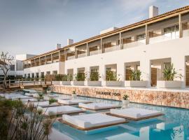 Lago Resort Menorca - Suites del Lago Adults Only, hotel en Cala'n Bosch