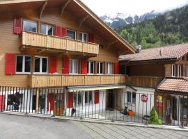 Valley Hostel, hotel near Mürrenbahn, Lauterbrunnen