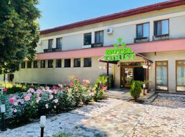 Hotel Turist, hotel in Neptun