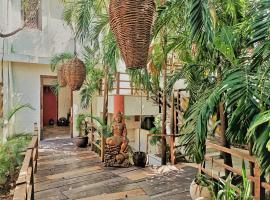 Rustik-inn, Hotel in Playa del Carmen