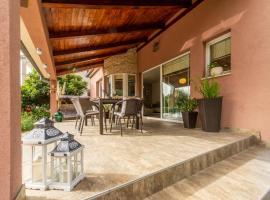 Villa Peace, holiday home in Zadar