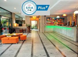 La Moon At Phuket - SHA Plus, hotel in Phuket